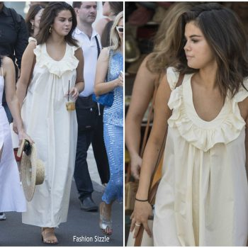 selena-gomez-in-three-graces-in-capri