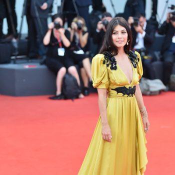 alessandra-mastronardi-in-gucci-@-'marriage-story'-venice-film-festival-premiere