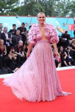 Molly Sims In Zuhair Murad Couture @ 'Marriage Story' 2019 Venice Film Festival Premiere