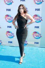 Lauren Jauregui  In Norma Kamali  @ 2019 Teen Choice Awards