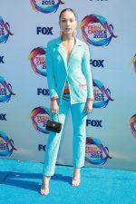 Maddie Ziegler  In  Chanel @  2019 Teen Choice Awards