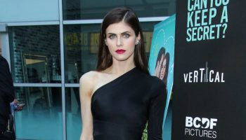 alexandra-daddario-in-alexis-@-'can-you-keep-a-secret?'-la-screening