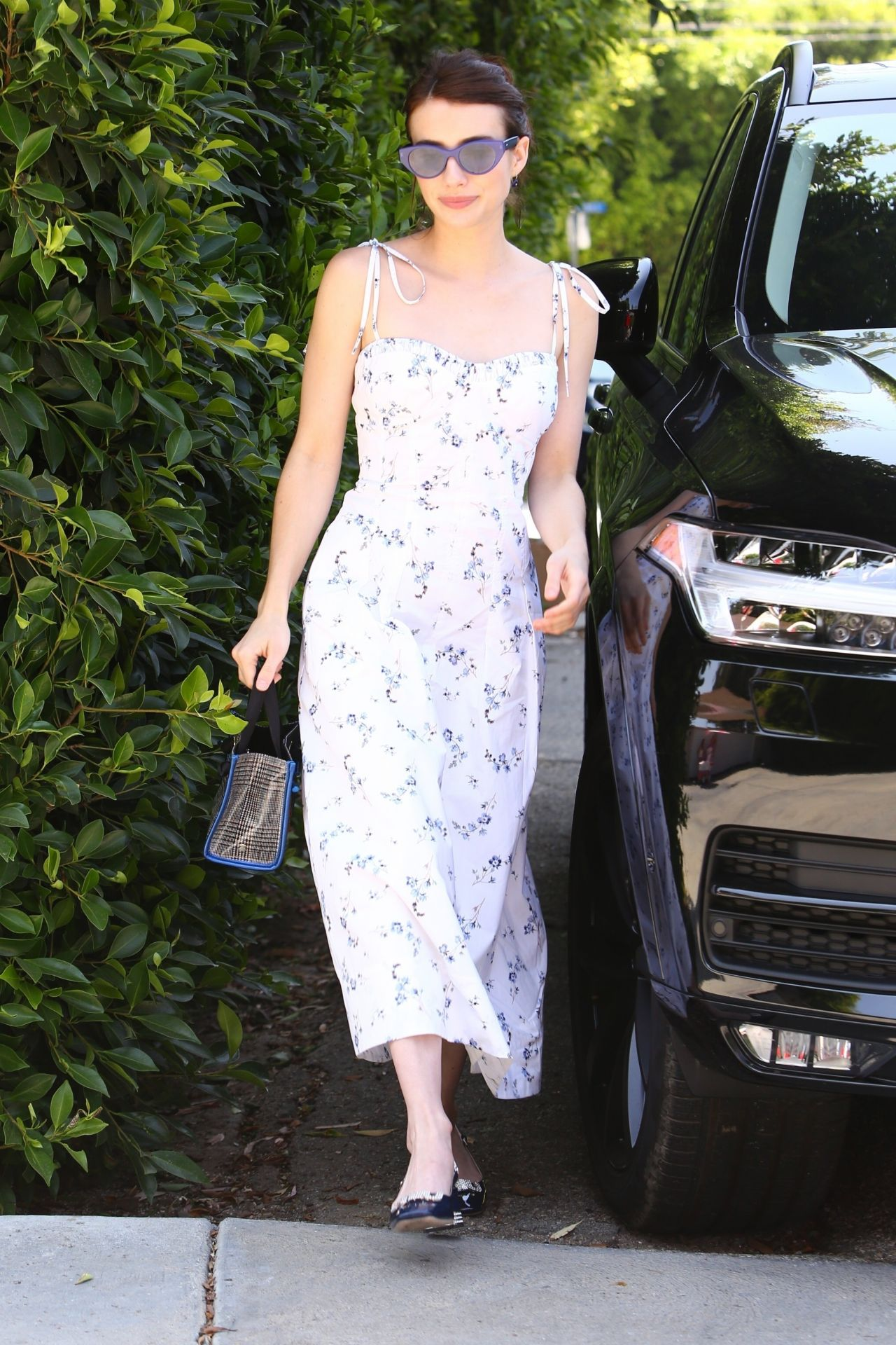 emma-roberts-in-rebecca-taylor-@-instyle-day-of-indulgence-party-in-brentwood