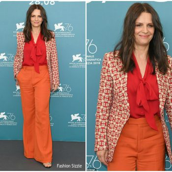 juliette-binoche-in-gucci-laverite-venice-film-festival-photocall