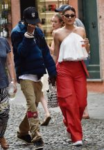 Kylie Jenner In  Jacquemus @  Vacation In  Portofino Italy