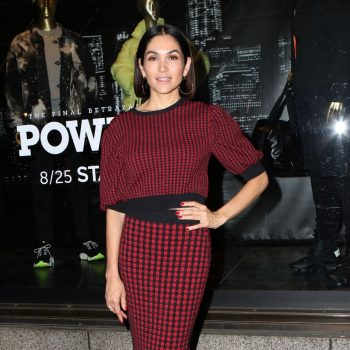 "lela-loren-in-red-valentino-@-""power""-tv-show-saks-fifth-avenue-window-unveiling,-new-york"