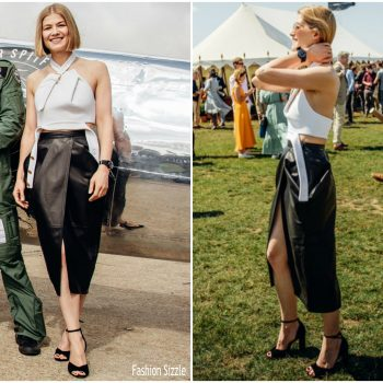 rosamund-pike-in-proenza-schouler-iwc-celebrates-the-silver-spitfires-takeoff