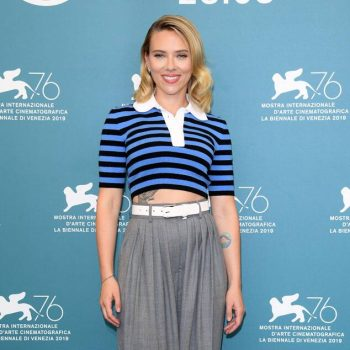 "scarlett-johansson-in-michael-kors-@-""marriage-story""-photocall-–-the-76th-venice-film-festival"
