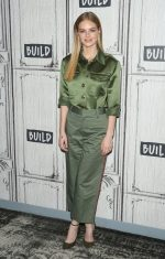 "Samara Weaving  In Marc Jacobs – Discussing ""Ready or Not"" at BUILD Studio in NYC"