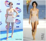 Sarah Hyland In Teresa Helbig  @  Teen Choice Awards 2019