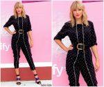 """Taylor Swift In Stella McCartney @ Spotify Mural For """"Lover""""  In Brooklyn"""
