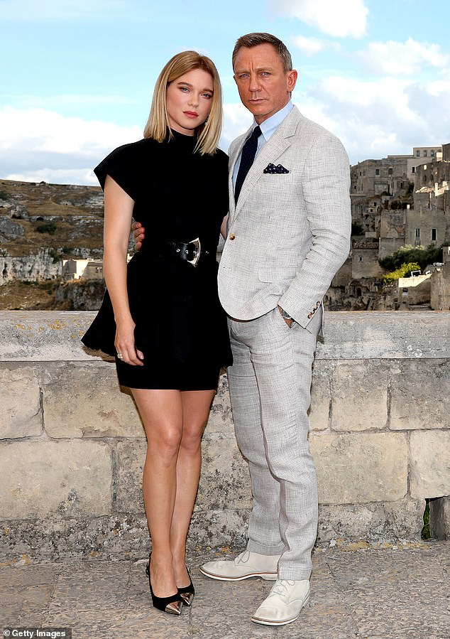 james-bond-'no-time-to-die'-matera-photocall
