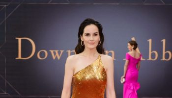 michelle-dockery-in-galvan-@-downton-abbey'-world-premiere