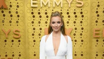 jodie-comer-in-tom-ford-@-2019-emmy-awards
