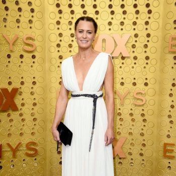robin-wright-in-saint-laurent-@-2019-emmy-awards