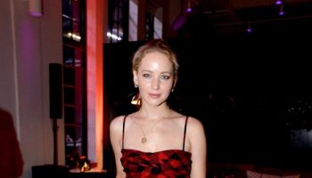 Jennifer-Lawrence—YouTubecom-Fashion-Launch-02-586×880