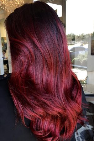 hottest-burgundy-hair-shade-ideas-for-modern-ladies