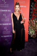 Karlie Kloss  In Christian Dior Couture  @  2019 Diamond Ball