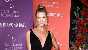karlie-kloss-in-christian-dior-couture-@-2019-diamond-ball