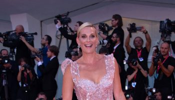 "molly-sims-in-zuhair-murad-@-""joker-""-venice-internation-film-festival"