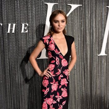 "lily-rose-depp-in-chanel-@-""the-king""-new-york-city-premiere"