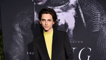 "timothee-chalamet-in-givenchy-@-""the-king""-new-york-premiere"
