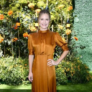 maggie-lawson-in-by-timo-@-2019-veuve-clicquot-polo-classic-los-angeles