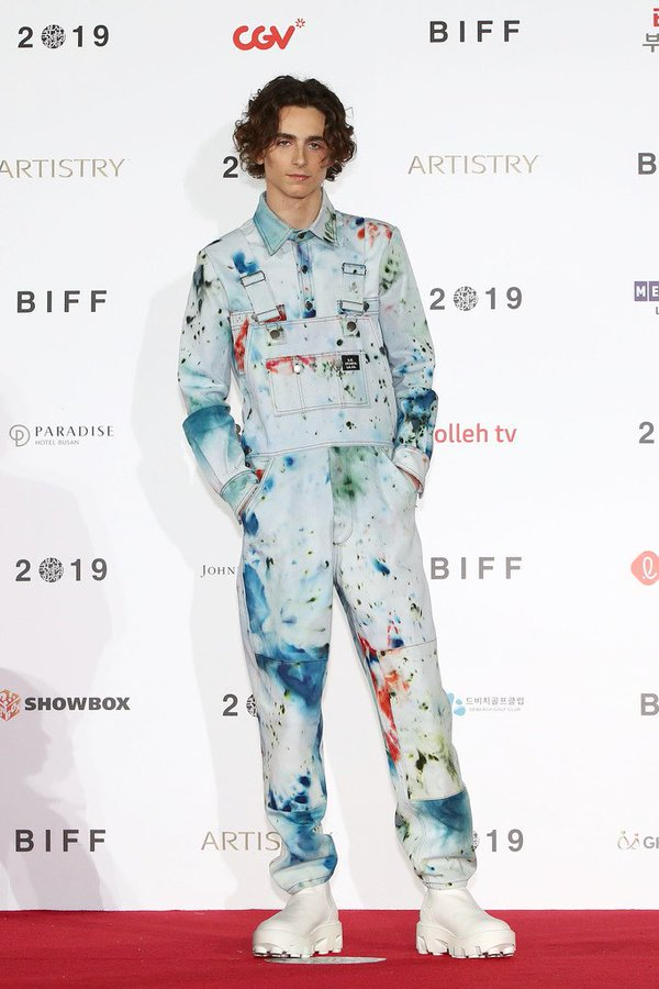 timothee-chalamet-in-s-r-studio-la-ca-@-2019-busan-international-film-festival