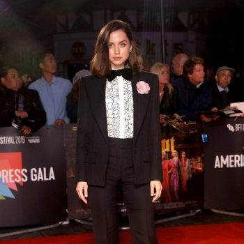 ana-de-armas-in-alexandre-vauthier-haute-couture-@-the-'knives-out'-london-film-festival-premiere