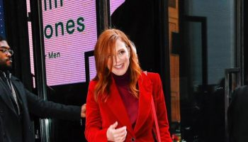 julianne-moore-in-tom-ford-@-vogue's-3rd-annual-forces-of-fashion-conference