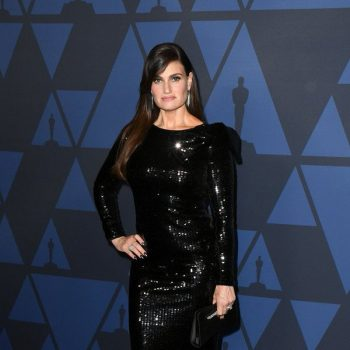 idina-menzel-in-paule-ka-2019-ampas-governors-awards