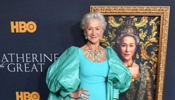 helen-mirren-in-badgley-mischka-the-catherine-the-great-la-premiere