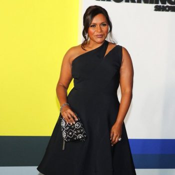 mindy-kaling-in-maticevski-apple-tvs-series-the-morning-show-new-york-premiere