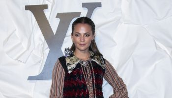 alicia-vikander-in-louis-vuitton-louis-vuitton-maison-seoul-opening-ceremony