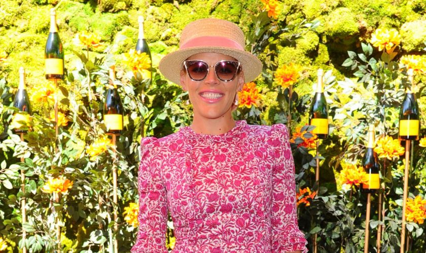 busy-phillips-in-the-vampire's-wife-@-2019-veuve-clicquot-polo-classic-in-los-angeles