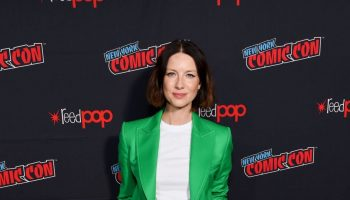 "caitriona-balfe-in-bella-freud-@-""outlander""-starz-nycc-panel"
