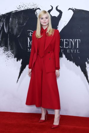 """elle-fanning-in-gucci-@-""""maleficent:-mistress-of-evil""""-photocall-in-london"""