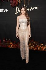 Hailee Steinfeld In  Francesco Scognamiglio   @ The 'Dickinson' New York Premiere
