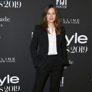 jennifer-garner-suits-up-2019-instyle-awards