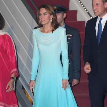 catherine-duchess-of-cambridge-wears-catherine-walker-for-pakistan-arrival
