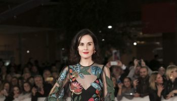 michelle-dockery-in-valentino-downton-abbey-premiere-rome-film-festival