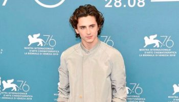 timothee-chalamet-in-haider-ackermann-@-'the-king'-venice-film-festival-photocall