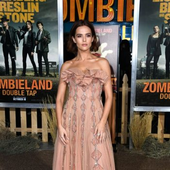 zoey-deutch-in-christian-dior-haute-couture-@-'zombieland-double-tap'-la-premiere