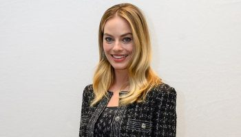 margot-robbie-in-chanel-the-bombshell-la-press-conference