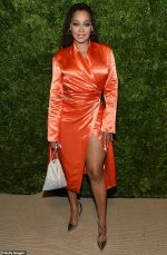 La La Anthony In Off- White @  2019 CFDA And Vogue Fashion Fund Awards