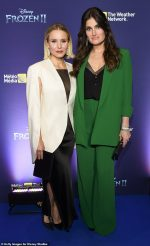 Frozen 2' Fan Event With Kristen Bell & Idina Menzel