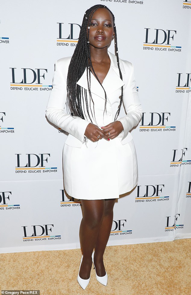 lupita-nyongo-in-danielle-frankel-naacp-dinner