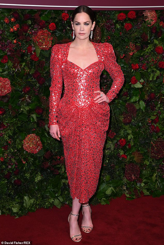 ruth-wilson-in-michael-kors-collection-2019-evening-standard-theatre-awards