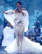 Toni Braxton   In  Yousef Al jasmi   Performs  @  2019 American Music Awards