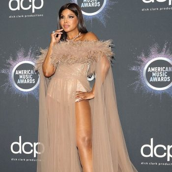 toni-braxton-in-labourjoisie-gown-2019-american-music-awards